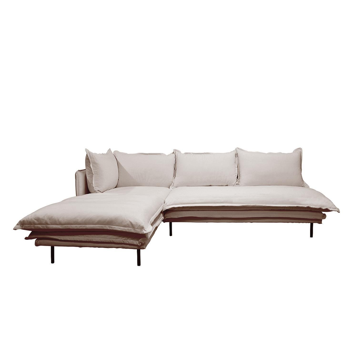 Our LOUIS modulars are now back in stock with a new NATURAL colour in linen added to the collection. Casual, relaxed Japanese style, they are generous in depth and most comfortable. Allergy free cushion inners and a solid pine frame.  The covers are fully removable for dry-cleaning. Available in 5 colours - white, black, natural, grey and charcoal in either 100% cotton or 100% linen. Left and right hand returns available. All in stock now. . . #modularsofa #linensofa #modular #lounge