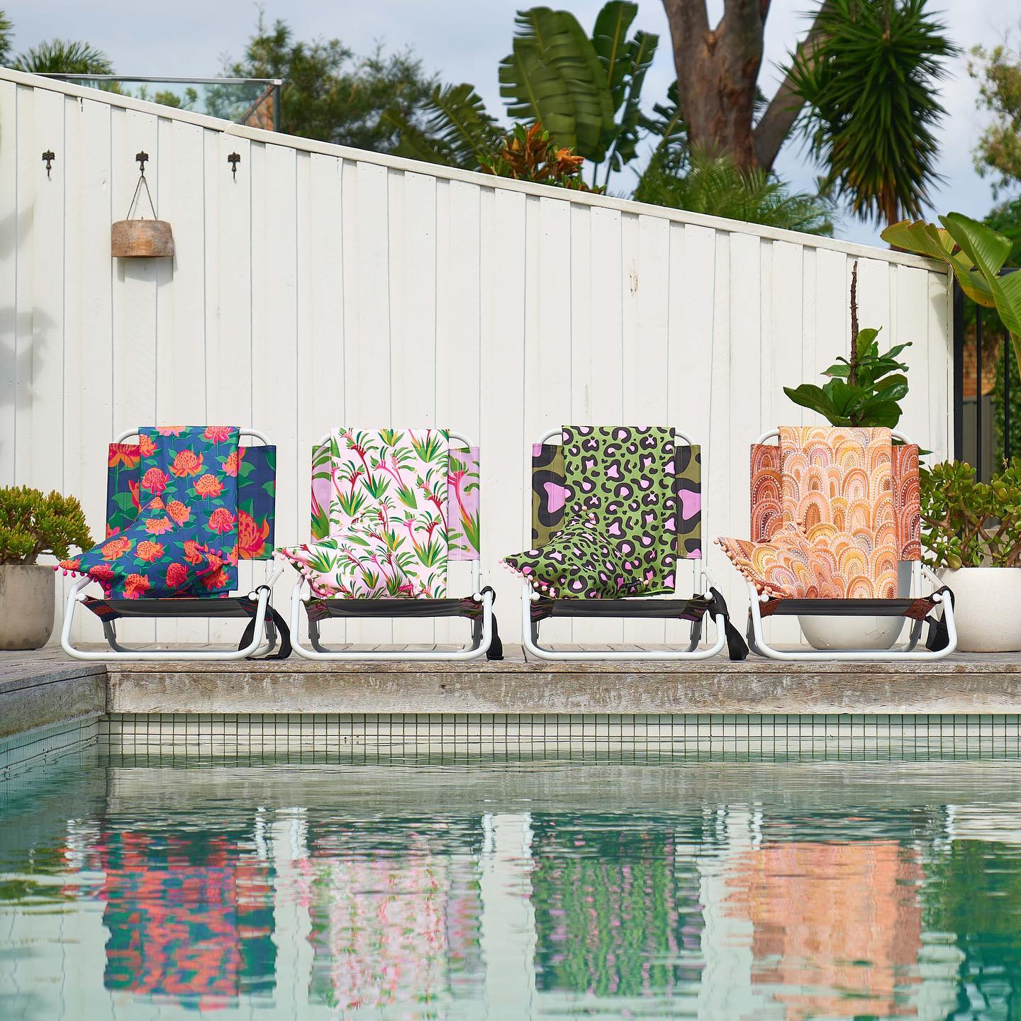 With summer approaching, it's all about the beach and having picnics. Our Annabel Trends collection will set you up with all you need. From sand free beach towels, inflatable beach pillows, beach cooler bags to beach rugs, lightweight chairs and jumbo beach bags. . . #beachvibes #picnics #picnicsetup #beachchairs #beachtowels #beachbags #beachrugs #annabeltrends